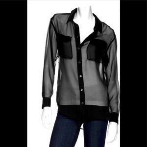 Equipment pocket sheer button blouse